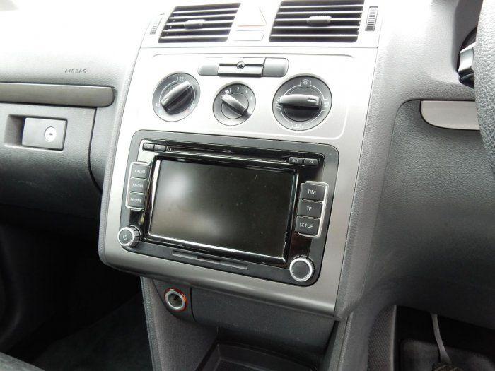 2009 Volkswagen Touran 2.0 TDI SE 5dr image 10