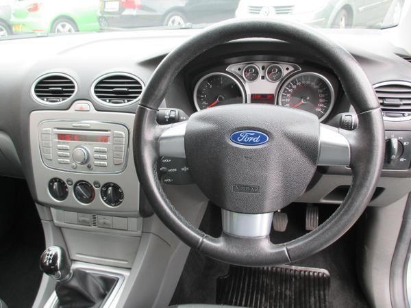 2009 Ford Focus 1.6 TDCi Zetec image 5