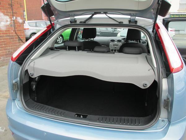2009 Ford Focus 1.6 TDCi Zetec image 8