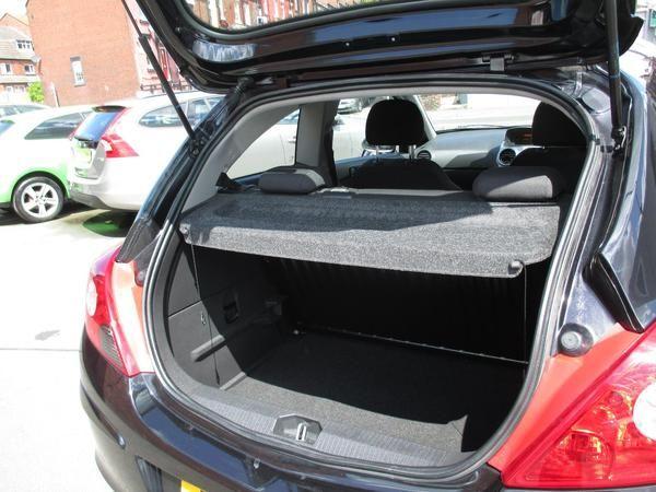 2011 Vauxhall Corsa 1.0 ecoFLEX image 7