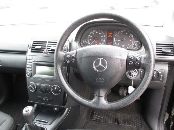 2012 Mercedes-Benz A160 image 6