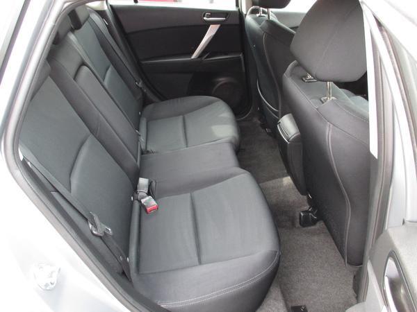 2011 Mazda 3 1.6 Takuya image 6