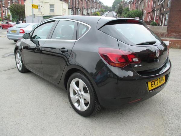 2012 Vauxhall Astra 1.7 CDTi 16V image 3