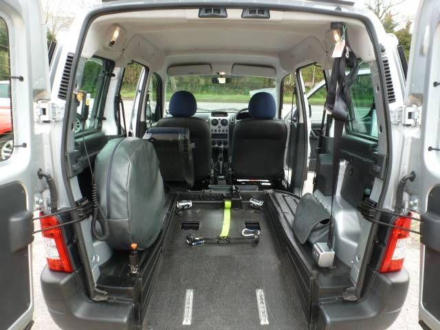 2010 Peugeot Partner Combi 1.4 6dr image 8