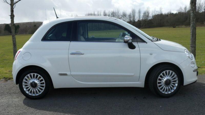 2012 Fiat 500 1.2 Lounge 3dr image 2