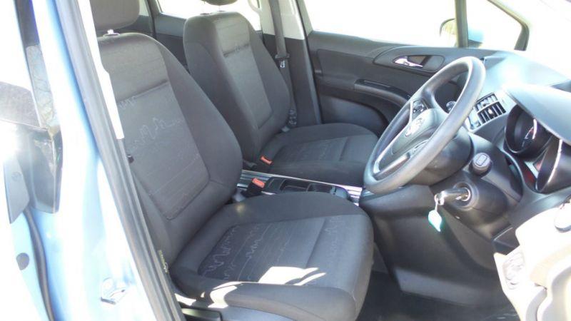 2013 Vauxhall Meriva CDTi 16v 5dr image 6