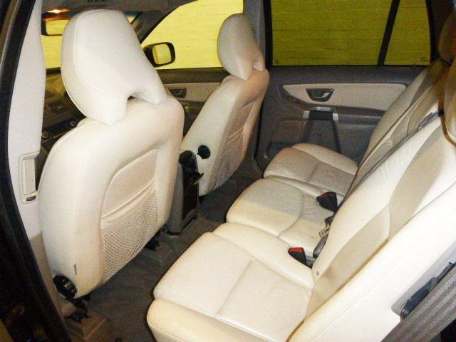 2006 Volvo XC90 2.4 D5 SE 5d image 8