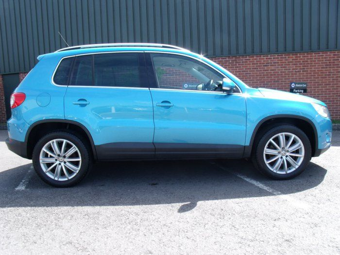 2009 Volkswagen Tiguan 2.0 Sport TDI image 2