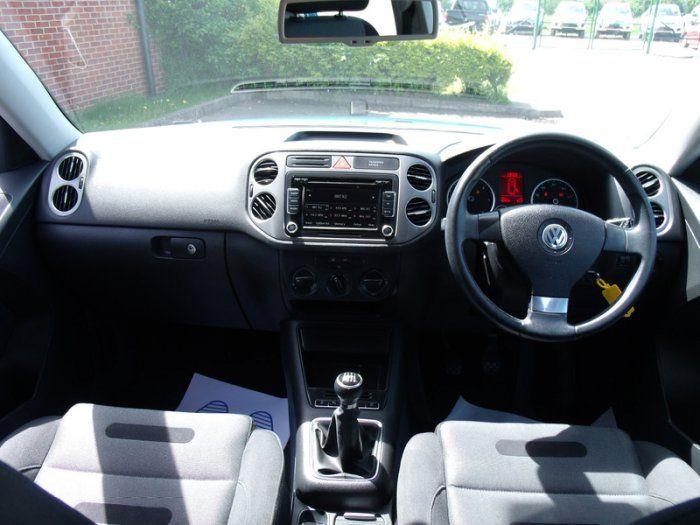 2009 Volkswagen Tiguan 2.0 Sport TDI image 7
