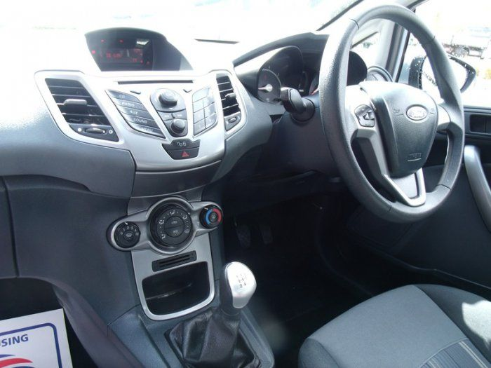 2009 Ford Fiesta 1.25 image 6