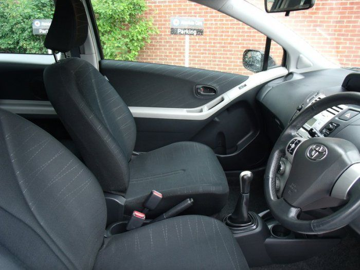 2006 Toyota Yaris 1.0 VVT-I T3 image 9