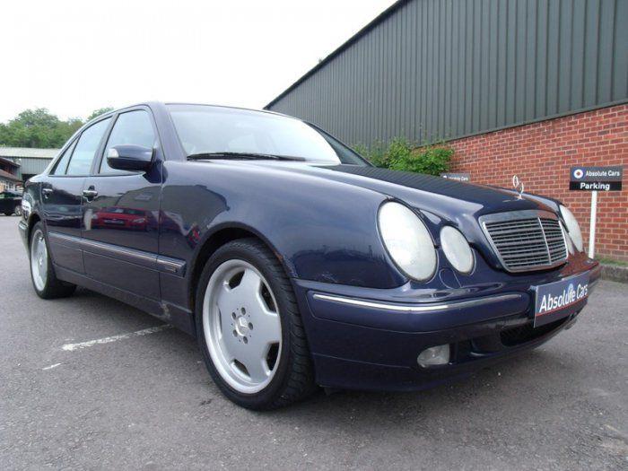 2000 Mercedes-Benz 2.4 E 240 image 1