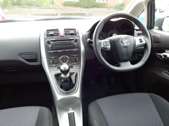 2011 Toyota Auris 1.6 TR image 7