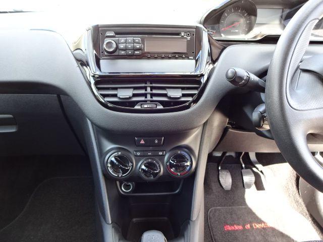 2013 Peugeot 208 1.2 Access Plus image 7