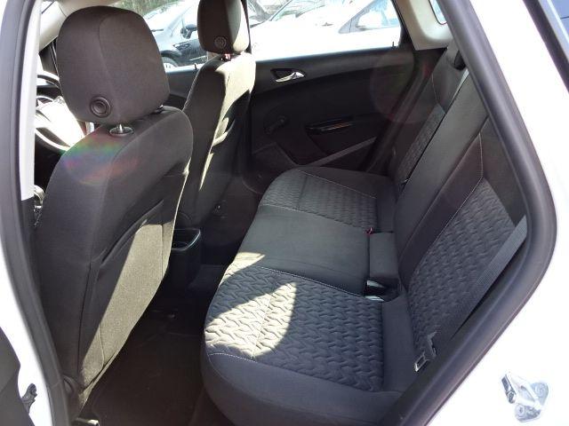 2013 Vauxhall Astra 1.4i image 6
