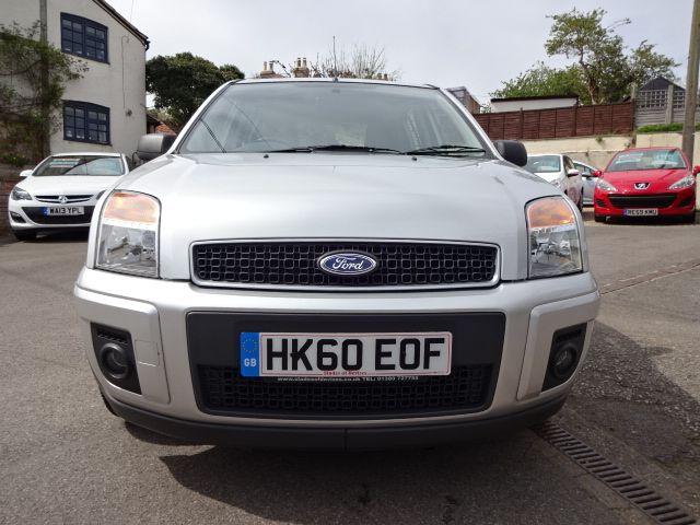 2010 Ford Fusion 1.4 Zetec image 4