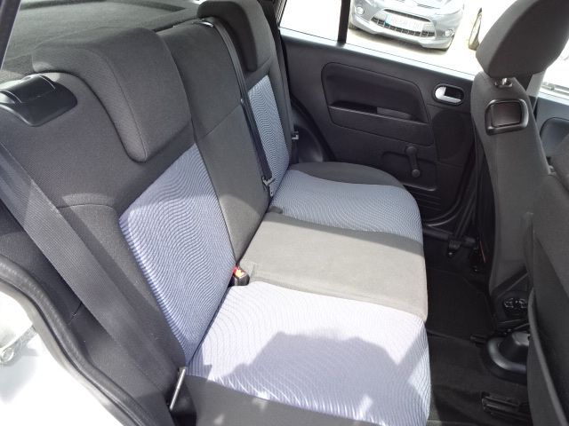 2010 Ford Fusion 1.4 Zetec image 9
