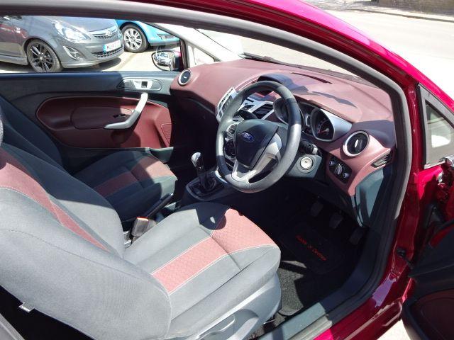 2011 Ford Fiesta 1.25 Zetec image 9