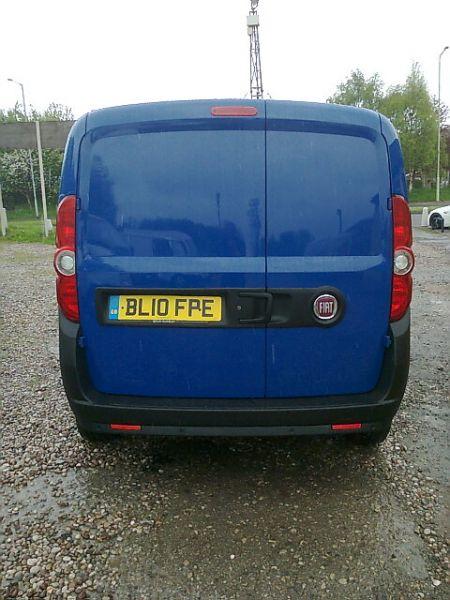 2010 Fiat Doblo 1.2 16V Sx Multijet 5Dr image 4