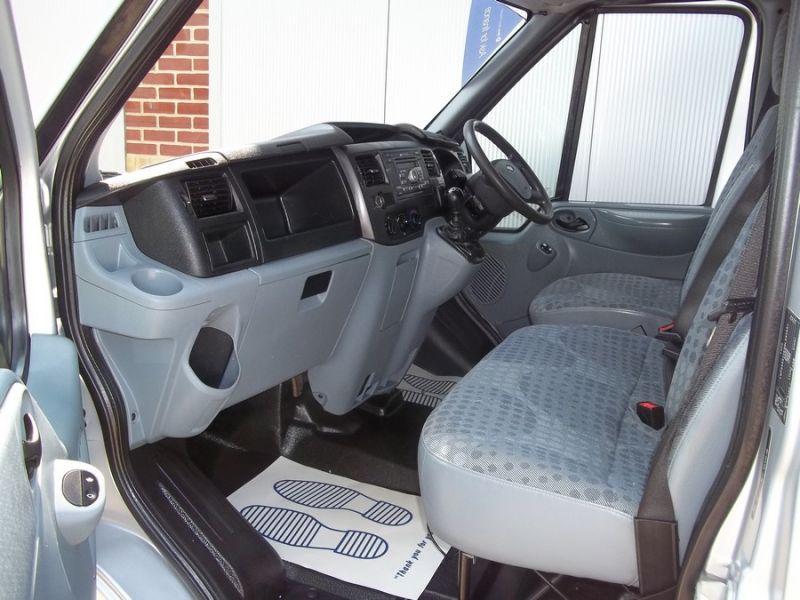 2011 Ford Transit 2.2 image 8
