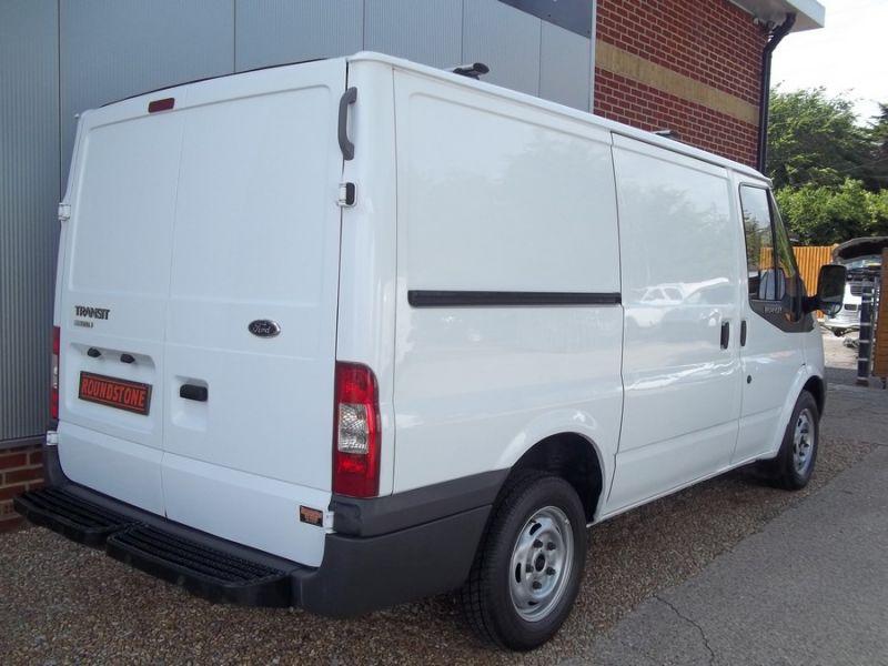 2008 Ford Transit T300 image 4