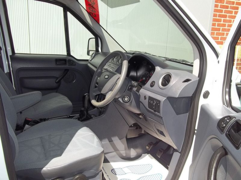 2009 Ford Transit Connect image 7