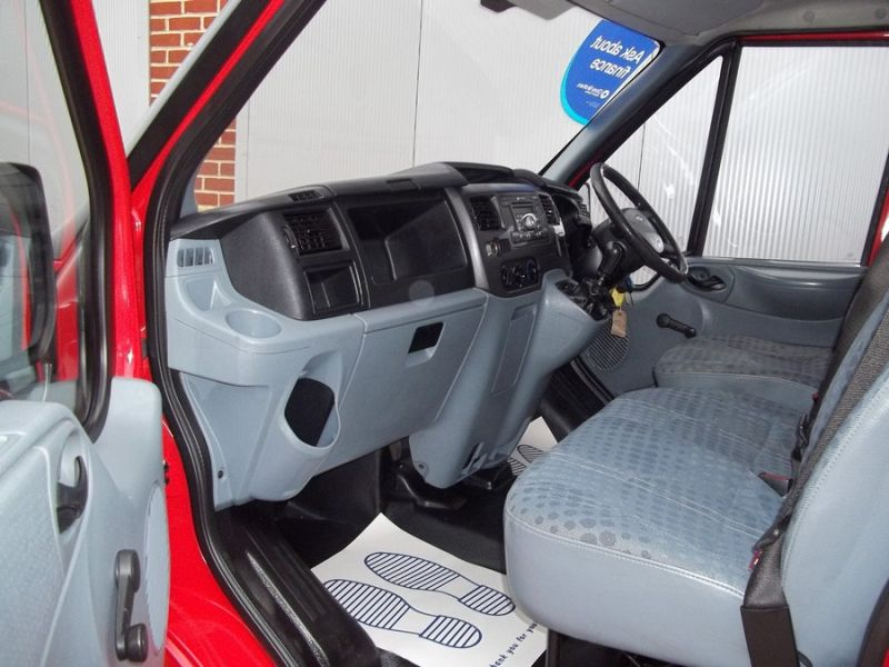 2007 Ford Transit T260S image 7