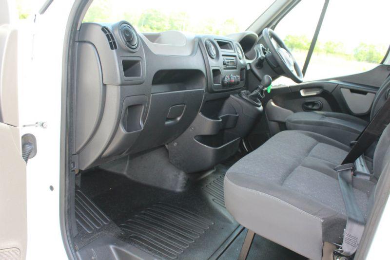 2012 Vauxhall Movano 2.3 image 9