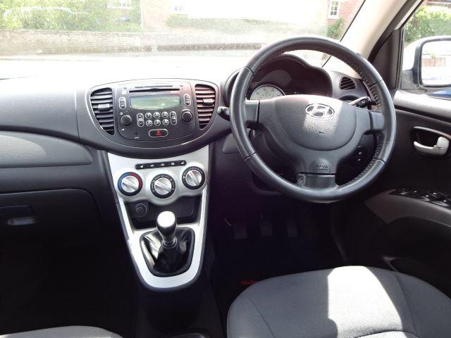 2010 Hyundai i10 Style image 7