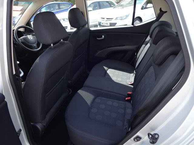 2010 Hyundai i10 Style image 9