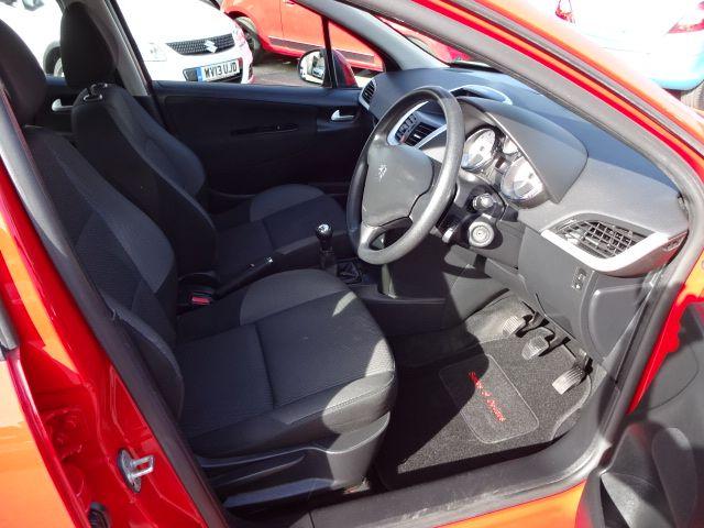 2010 Peugeot 207 S image 7