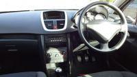 2010 Peugeot 207 S image 9