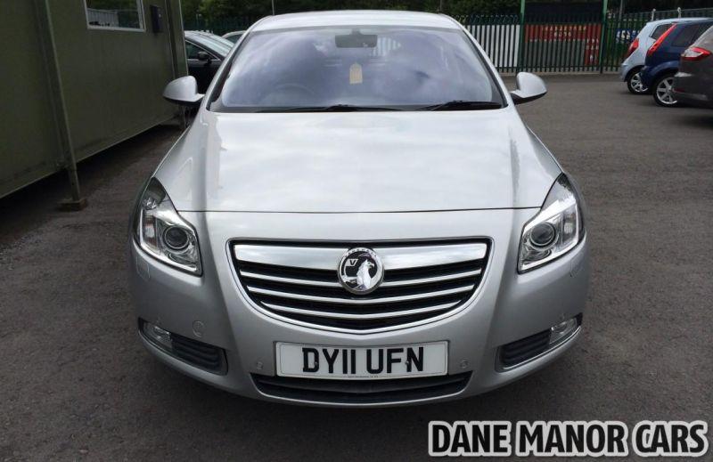 2011 Vauxhall Insignia CDTI image 2