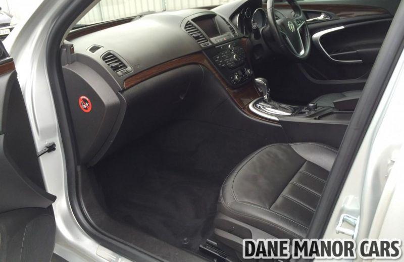 2011 Vauxhall Insignia CDTI image 5