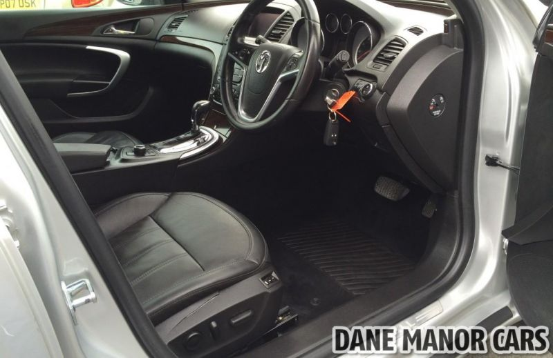 2011 Vauxhall Insignia CDTI image 7