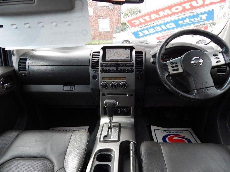 2007 Nissan Navara AVENTURA DCI image 8