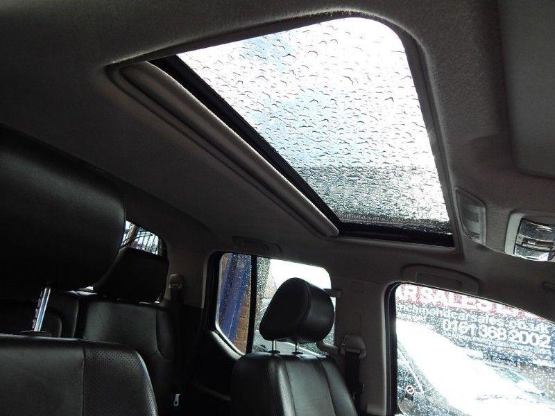 2007 Nissan Navara AVENTURA DCI image 9