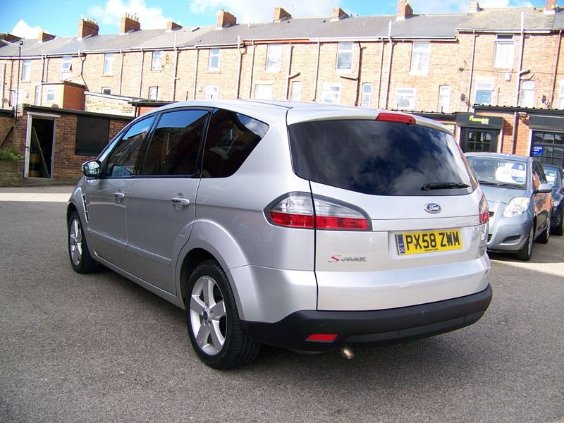 2008 Ford S-Max 2.0TDCI image 2