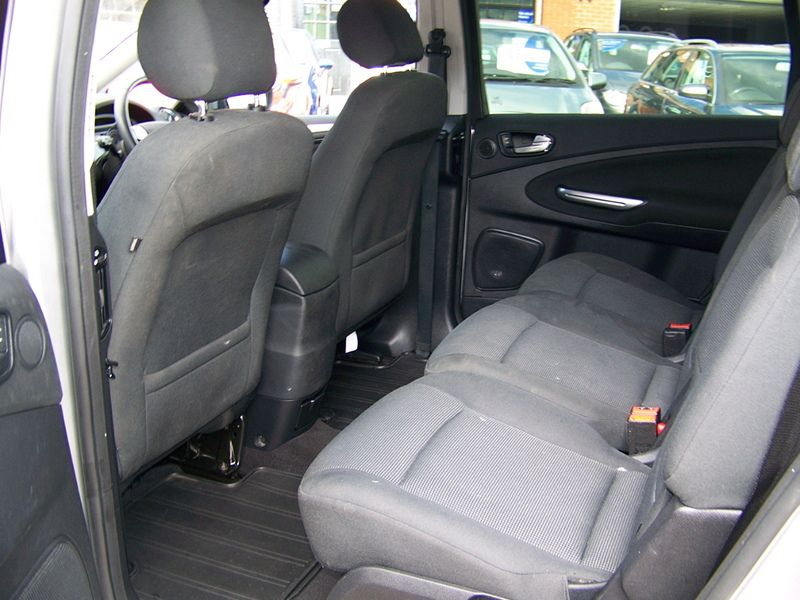2008 Ford S-Max 2.0TDCI image 8