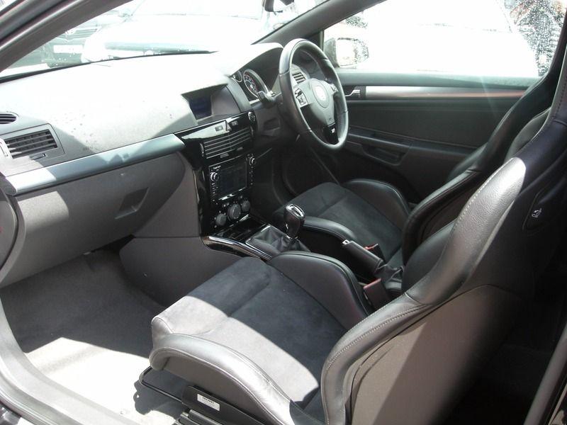 2007 Vauxhall Astra 2.0I 16V TURBO VXR image 6