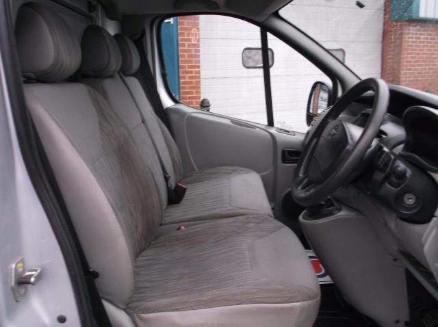 2011 Nissan Primastar High Roof 2.5 DCI image 5