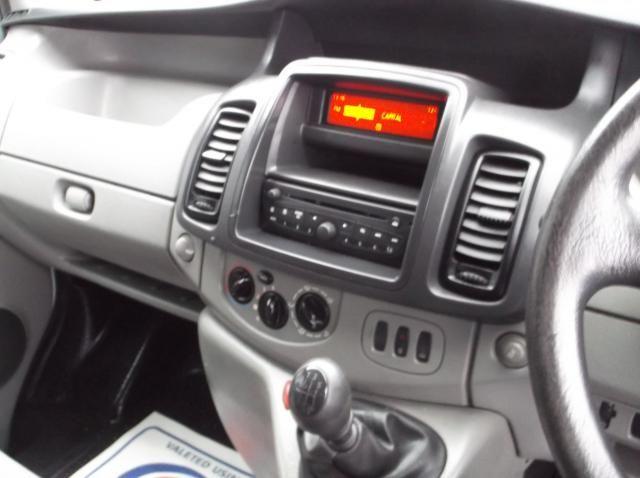 2011 Nissan Primastar High Roof 2.5 DCI image 7