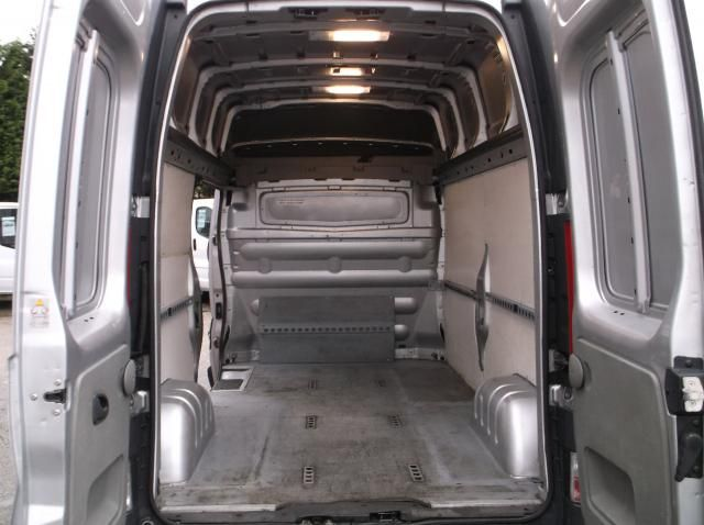 2011 Nissan Primastar High Roof 2.5 DCI image 8
