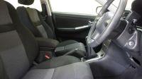 2006 Toyota Corolla VVT-I 5dr image 6