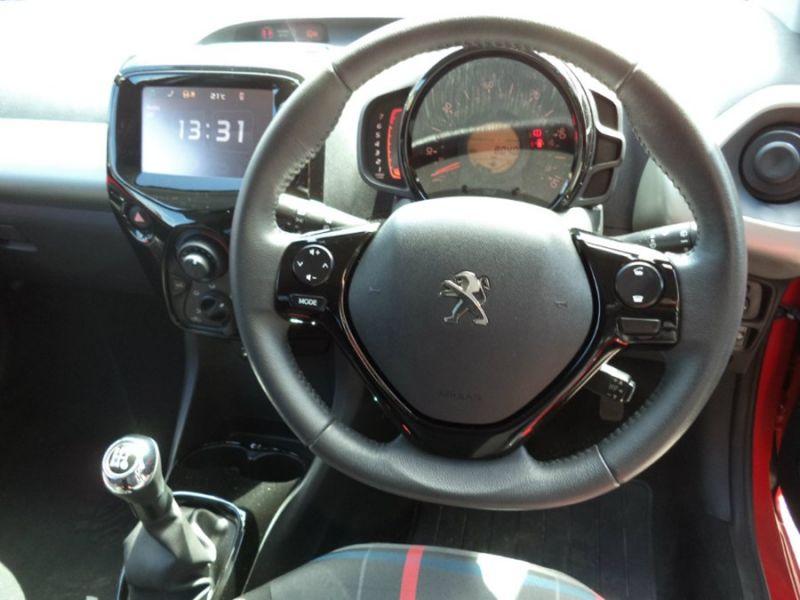 2014 Peugeot 108 1.2 VTi Allure 3dr image 6