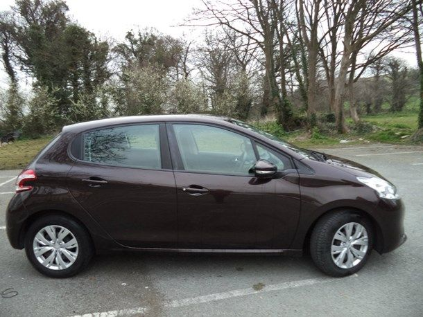 2013 Peugeot 208 1.4 HDi FAP Access+ 5dr image 3