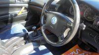 2002 Volkswagen Passat 2.3 V5 5d image 5