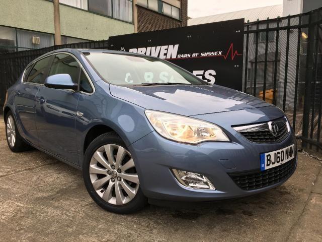 2010 Vauxhall Astra 1.6 Elite 5d image 1