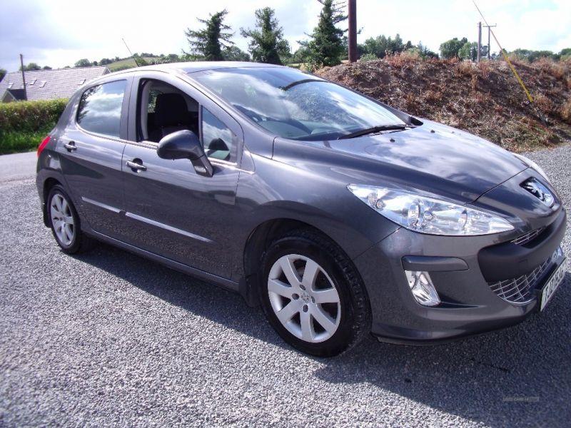 2011 Peugeot 308 Sport HDI image 1