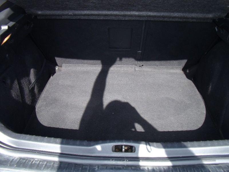 2011 Peugeot 308 Sport HDI image 5